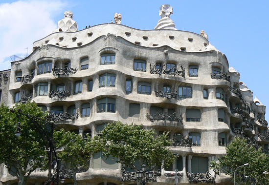 is one of the main Antoni Gaudí (the greatest figure of the Art Nouveau